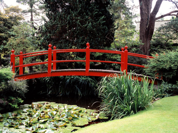 http://historicaldesign.com/wp-content/uploads/2014/09/Beautiful-Decoration-Garden-Bridge-For-Your-Inspirations-Designs-Luxury-Small-Modern-Garden-Design-With-Japanese-Garden-Design-Plans-With-Red-Bridge.jpg