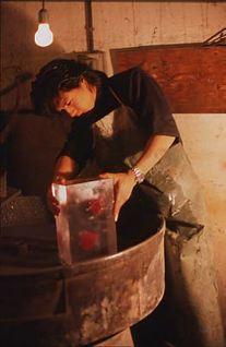 http://historicaldesign.com/wp-content/uploads/2014/11/Tsuchida-Yasuhiko-at-work-3.jpg