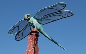 http://historicaldesign.com/wp-content/uploads/2014/12/Br-outdoor-sculpture-.jpg