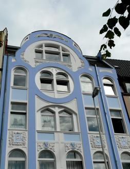 http://historicaldesign.com/wp-content/uploads/2015/01/38-Hamlyn-Blue-Jugendstil-house.jpg