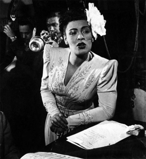 http://historicaldesign.com/wp-content/uploads/2015/01/billie-holiday-pictures-08.jpg