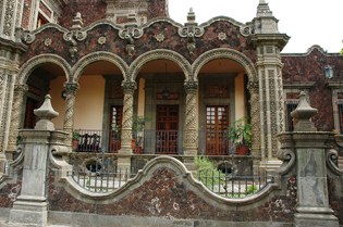 http://historicaldesign.com/wp-content/uploads/2015/02/2-BR-building-Mexico-.jpg