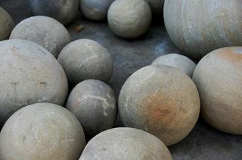 http://historicaldesign.com/wp-content/uploads/2015/03/BR-stone-balls.jpg