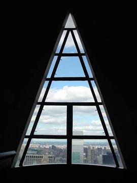 http://historicaldesign.com/wp-content/uploads/2015/03/modern-interior-design-triangular-windows-12.jpg