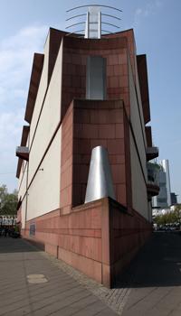 http://historicaldesign.com/wp-content/uploads/2015/03/museum-moderne-kunst-mmk-in-frankfurt-48265959-3752-49c2-95ff-23168791781b.jpg