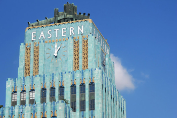 http://historicaldesign.com/wp-content/uploads/2015/04/tower-Eastern-Columbia-Building-Los-Angeles.jpg