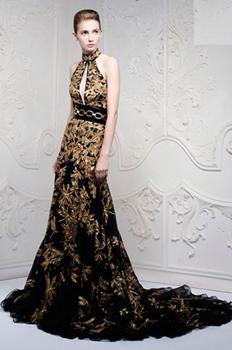 http://historicaldesign.com/wp-content/uploads/2015/07/Alexander-McQueen-SpringSummer-2013-Ready-To-Wear-d.jpg