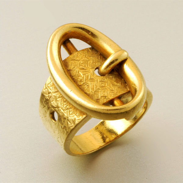 Historical Design I Italian Retro Oval Buckle Ring 18k