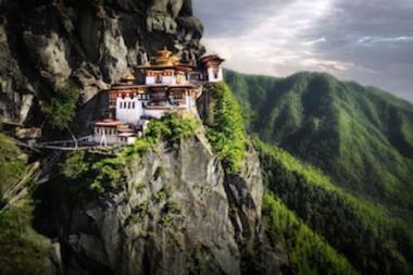 http://historicaldesign.com/wp-content/uploads/2017/04/Monasteries-of-Bhutan-1.jpg